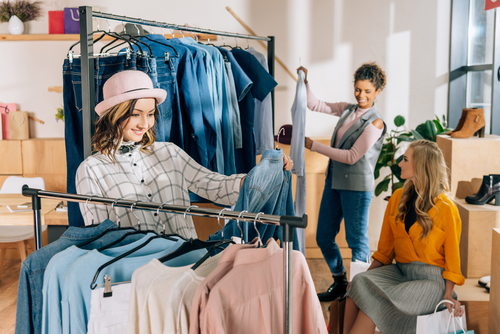 Avoiding Data Theft With A POS System In A Clothing Store