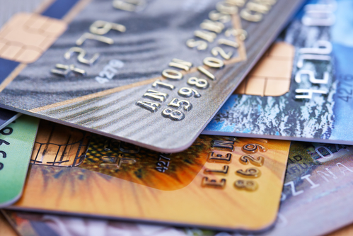 What Separates Chip-PIN and Chip-Signature Combinations In Credit Cards?